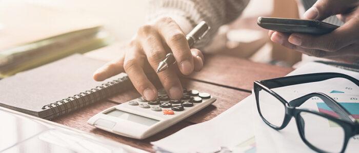 خدمات مالی و مالیاتی